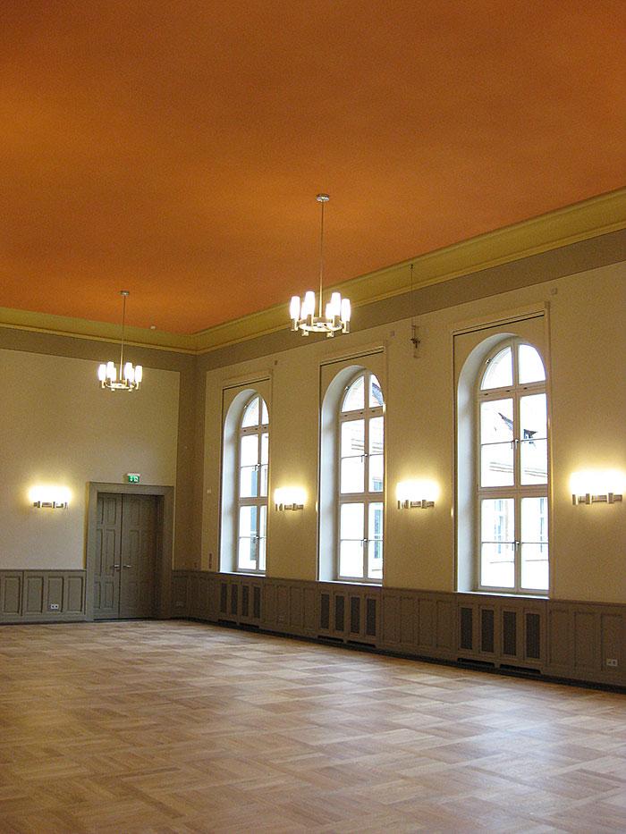 senger-kaptain-zeitz-projekt-franziskanerkloster-aula-mehrzwecksaal-2