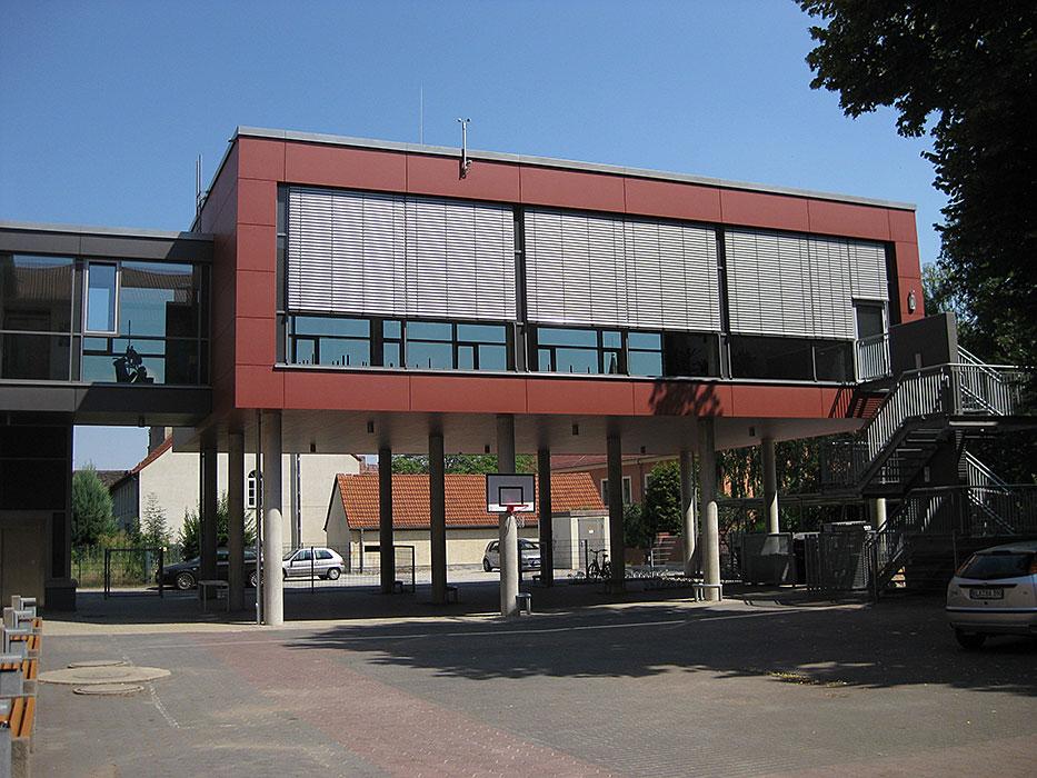 senger-kaptain-zeitz-projekt-sekundarschule-naumburg-aula-mba-4